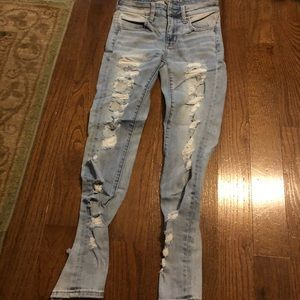 American Eagle distressed jeans size 2 short